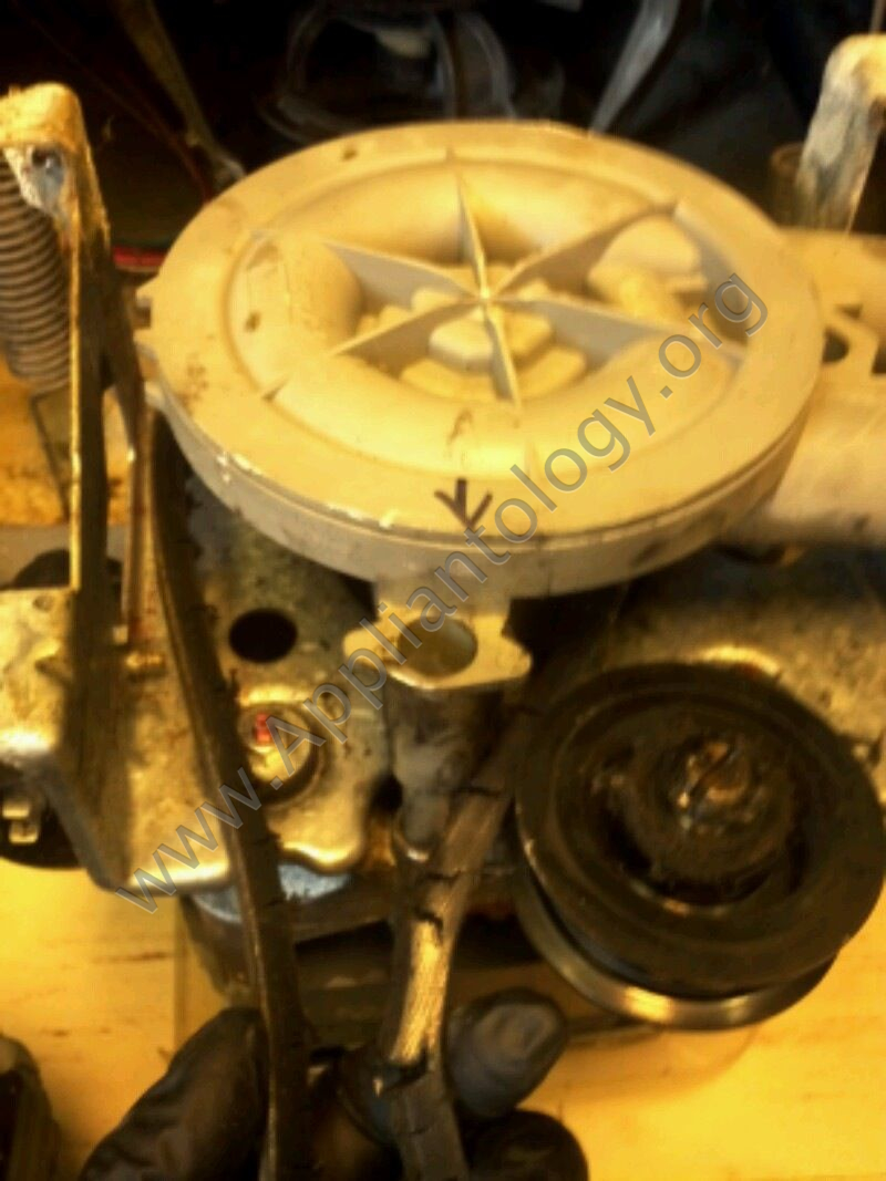 Speed Queen Washer EA2121LA Pump and Belt Replacement, 3 of 6